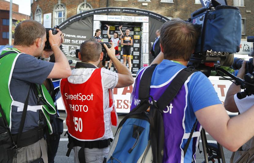 Winner Eileen Roe in front of the press