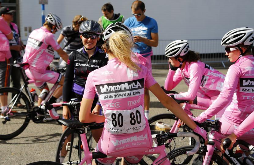 Pre race: Wyndy Milla Reynolds team